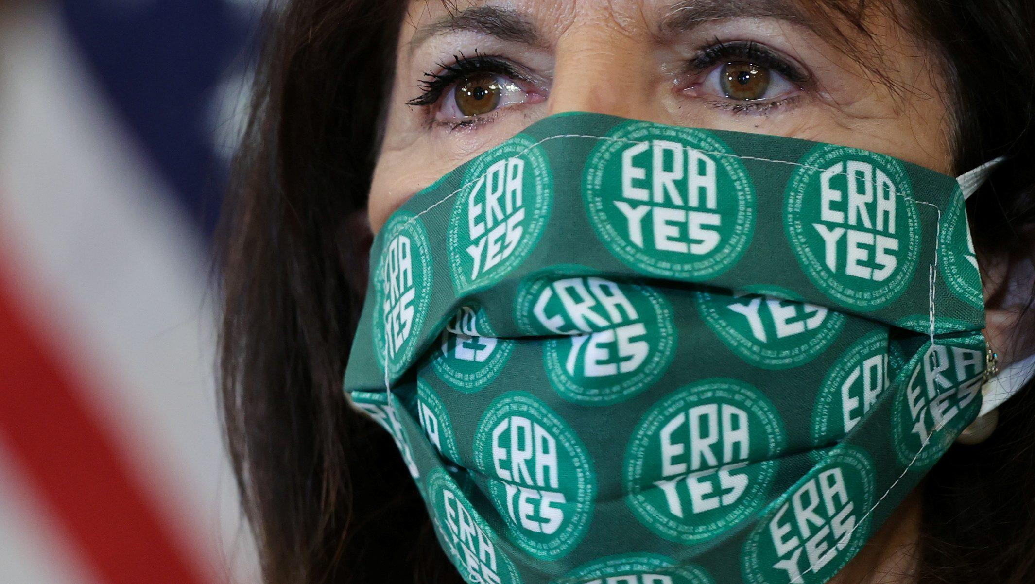 Representative Speier wear an ERA mask