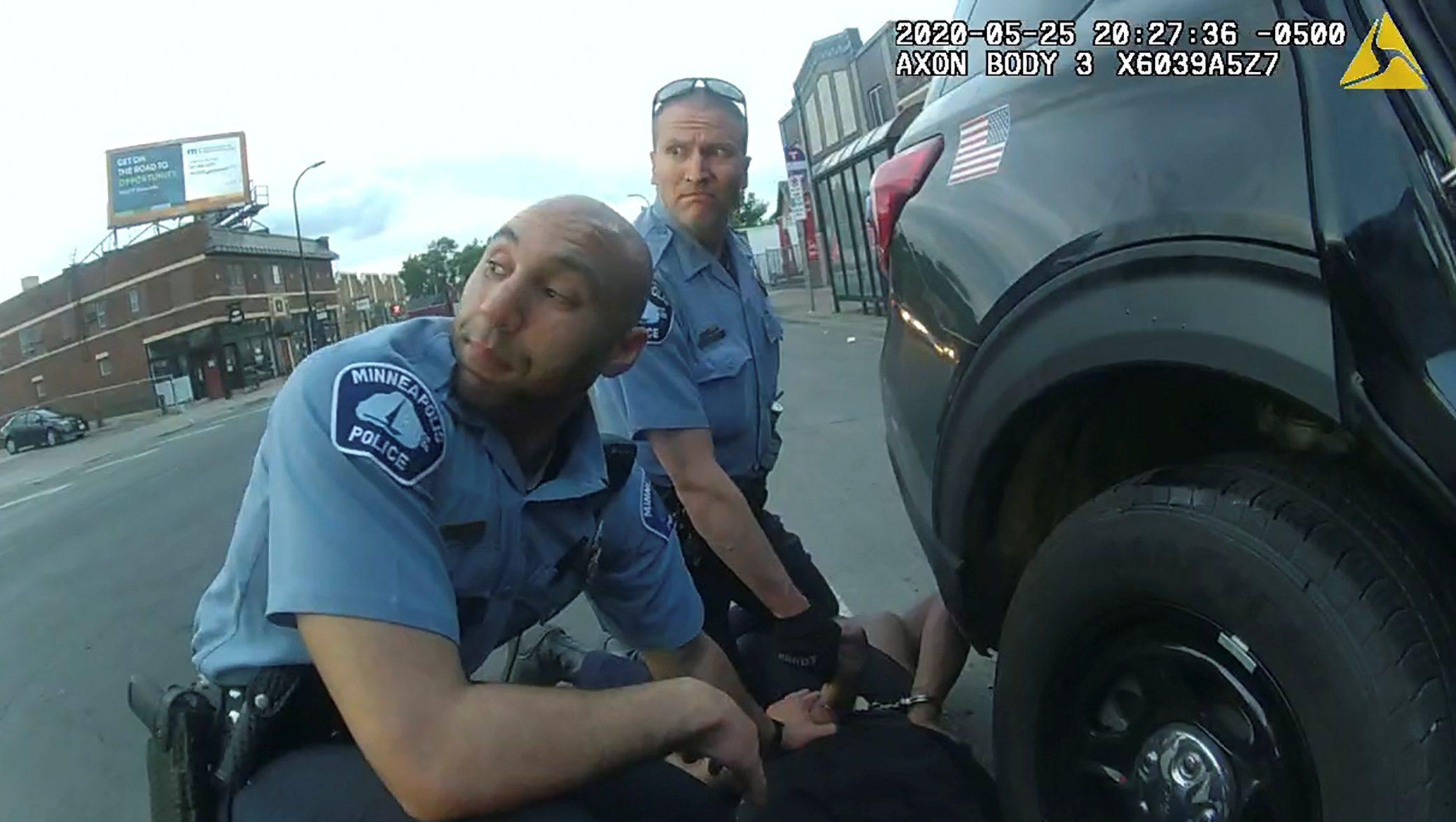 Police body camera footage of former Minneapolis police officer Derek Chauvin (L) kneeling on George Floyd