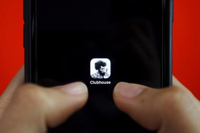 the clubhouse app thumbnail on a cell phone screen