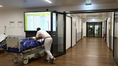 Patients are treated at an emergency department, as the spread of the coronavirus disease (COVID-19) continues, at a clinic in Darmstadt