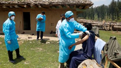 Vaccination drive in south Kashmir's Pulwama district