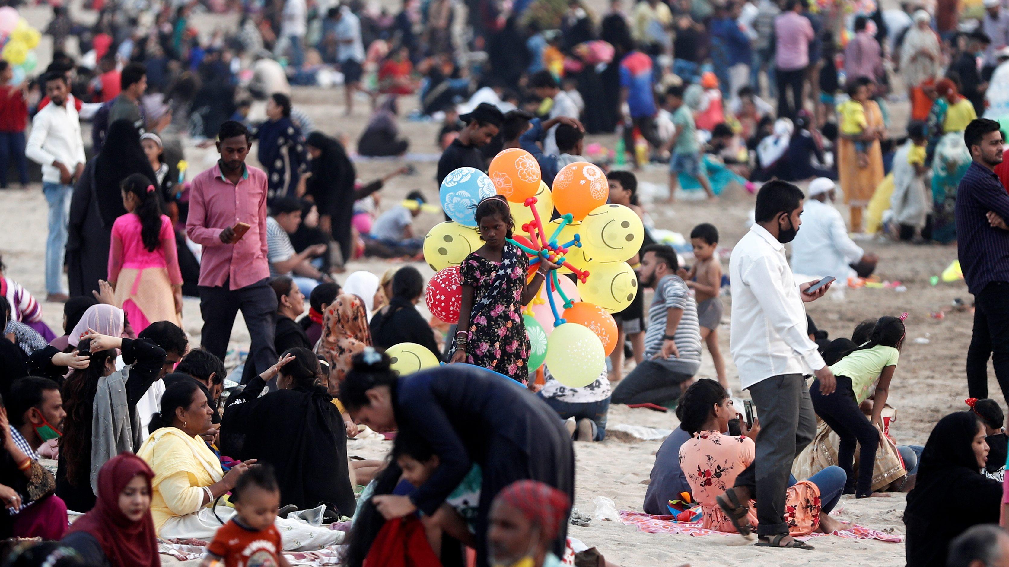 Coronavirus disease (COVID-19) outbreak, in Mumbai