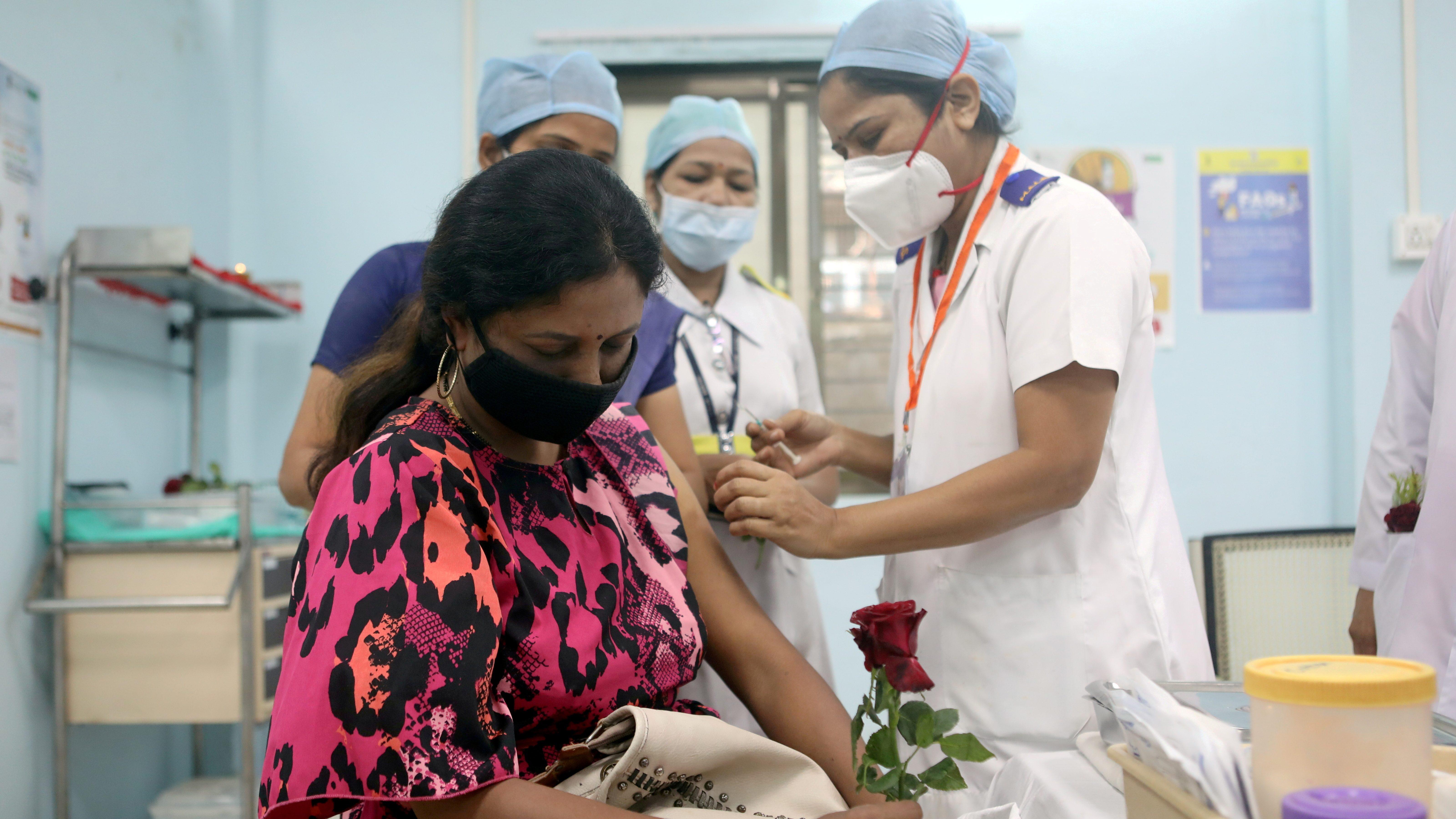 COVID-19 vaccination in Mumbai