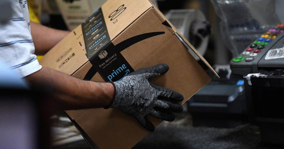 What Amazon's $18 average hourly wage means for other employers